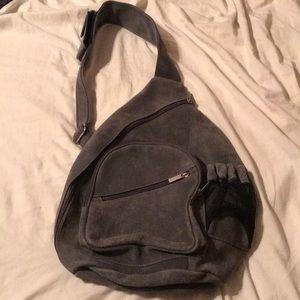 EUC gray David King Boston crossbody bag